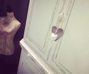 Meubels Wit Verven : Waarom en waarmee ontvet je je meubels voor het verven u maison
