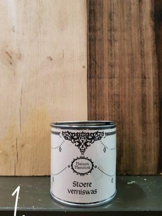 nieuw hout stoer maken met stoere verniswas van maisonmansion
